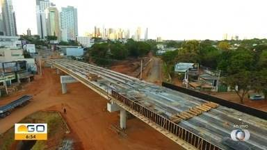 Confira andamento das obras do viaduto da Jamel Cecilio, em Goiânia - Veja imagens de drone.