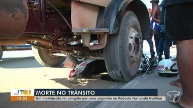 Mototaxista morreu após ser atingido por caçamba na av. Fernando Guilhon, em Santarém - Acidente aconteceu no fim da tarde de quarta-feira (29).
