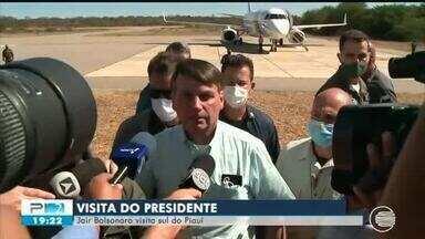 Presidente Jair Bolsonaro visita cidade de São Raimundo Nonato, no Piauí - Presidente Jair Bolsonaro visita cidade de São Raimundo Nonato, no Piauí