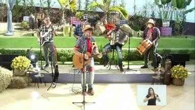 Banda Xoxote canta clássicos do forró na abertura do arraiá - Live trouxe o clima das festas juninas e agitou o Sul do Rio