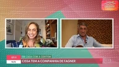 Cissa Guimarães conversa com Fagner - Fagner relembra influência musical do pai