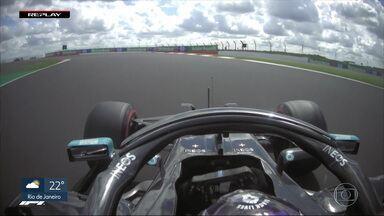 Lewis Hamilton conquista a pole para o GP da Inglaterra - Lewis Hamilton conquista a pole para o GP da Inglaterra