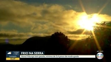 Manhã começou com geada em Nova Friburgo - Mínima foi de 3 graus de madrugada.