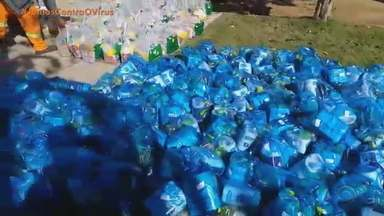 Projeto entrega toneladas de alimentos e kits de higiene e limpeza em Porto Alegre - Mais de 70 famílias são atendidas há 20 anos pela ONG Wimbelemdon. Além das doações, cada lar recebeu também um cartão alimentação com R$ 60; saiba como ajudar.