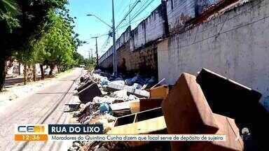 Moradores do Quintino Cunha reclamam do lixo que toma conta da rua - Saiba mais no g1.com.br/ce