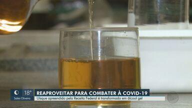 Uísque apreendido pela Receita Federal é transformado em álcool gel em Araraquara, SP - Instituto de Química da Unesp transforma produto em outro indispensável durante a pandemia.