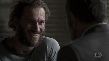 Germano agride Dino e acaba preso por desacato - Peçanha conta ao comparsa que empresário é pai de Eliza