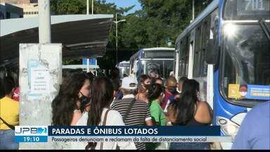 Passageiros denunciam ônibus lotados em João Pessoa - Distanciamento social não é respeitado.