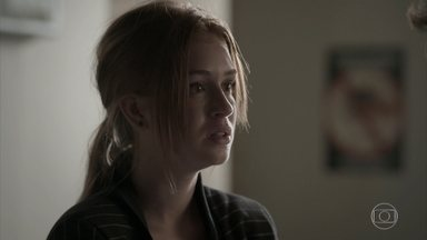 Jonatas conta a Eliza sobre o acidente de Wesley - undefined