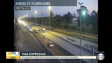 Trânsito nesta sexta-feira (7) - Fluxo de veículos nas principais vias expressas do Rio de Janeiro como na Avenida Brasil, Linha Vermelha e na Rodovia Niterói-Manilha