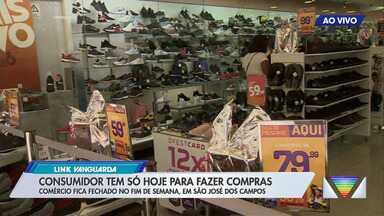 Comércio fica fechado no fim de semana em São José - Consumidor tem até hoje para comprar presente para os pais no calçadão.