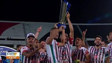 Atacante do Salgueiro, Ciel, comemora primeiro título do interior no Pernambucano - Natural de Caruaru, atleta foi fundamental na conquista do Estadual sobre o Santa Cruz.