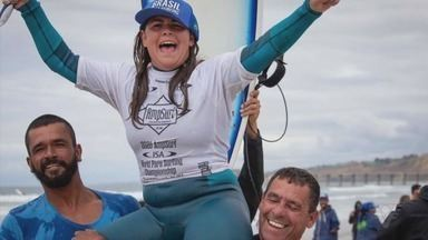Confira a história da Guarujaense Campeã Mundial de Parasurfing - Malu Mendes foi campeã mundial do Isa Parasurfing, na Califórnia.