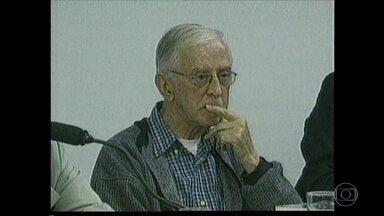 Morre Dom Pedro Casaldáliga, símbolo da defesa dos direitos humanos - Dom Pedro Casaldáliga estava internado e teve problemas respiratórios em decorrência do Mal de Parkinson. Ele tinha 92 anos.