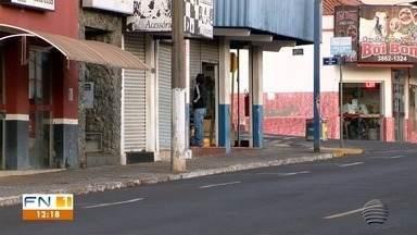 Prefeitura de Pacaembu endurece regras para evitar o avanço da Covid-19 - Mesmo na fase amarela, município determinou um toque de recolher na cidade.