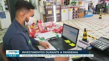 Investidores depositaram mais de R$ 12 bilhões a mais do que retiraram da aplicação - A poupança voltou a ser interesse dos brasileiros.