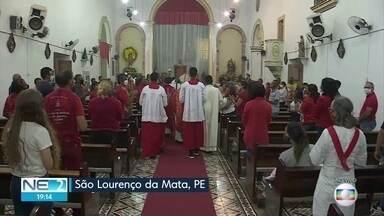 Igrejas e templos religiosos têm capacidade ampliada no Grande Recife - Mudança é realizada no Plano de Convivência com a Covid-19.