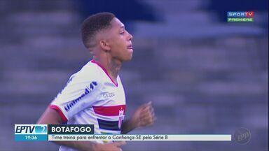 Botafogo-SP treina para enfrentar o Confiança-SE pela Série B do Campeonato Brasileiro - Jogo será às 19h15 no Estádio Santa Cruz.