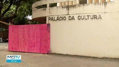 Prefeitura anuncia reforma do Teatro Atiaia em Governador Valadares - Espaço está interditado desde 2015.