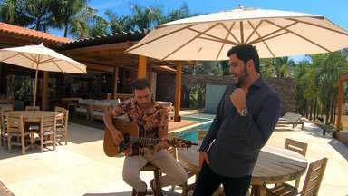 Danilo Bottrel - Nesse episódio, o cantor e compositor Danilo Bottrel mostra um pouco de sua vida e rotina em Goiânia, onde vive, acompanhado por seus sucessos.