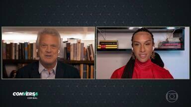 'Inventei Linn da Quebrada para salvar minha vida', diz cantora trans a Bial - Cantora é a entrevistada do 'Conversa' de segunda, 10/8