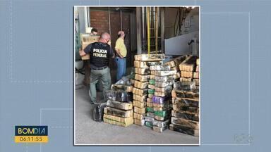 2,4 toneladas de maconha são incineradas - Droga foi levada com segurança reforçada até a caldeira de uma.