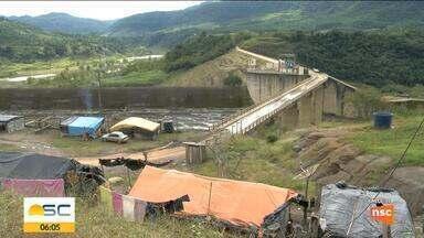 Bebê morre e mais de 60 pessoas são contaminadas em aldeia indígena no Vale do Itajaí - Bebê morre e mais de 60 pessoas são contaminadas em aldeia indígena no Vale do Itajaí
