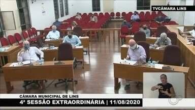Presidente da Câmara assume prefeitura de Lins e define regras para eleição indireta - O presidente da Câmara de Vereadores de Lins (SP), Neto Danzi, assumiu o cargo de prefeito nesta terça-feira (11) à noite, durante a sessão extraordinária que afastou o prefeito eleito Edgar de Souza (PSDB).