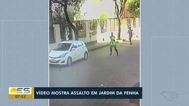 Vídeo mostra momento que mulher é assaltada e agredida em Jardim da Penha, ES - Veja a reportagem.