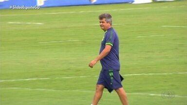 Goiás vai ter que superar desfalques contra o Athletico - Na estreia pelo Brasileirão, Ney Franco precisa escalar time alternativo devido aos jogadores que testaram positivo para o Covid-19