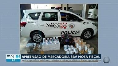 Mercadorias sem notas fiscais são apreendidas em Presidente Venceslau - Dois carros foram abordados pela Polícia Militar.