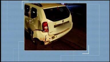 Três pessoas são atropeladas por motorista embriagado em Araxá; uma morreu no hospital - Motorista foi preso, segundo a PM. Teste de etilômetro comprovou a embriaguez dele, que irá responder criminalmente.