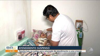 Família luta na Justiça para que atendimento domiciliar do filho de 5 anos seja retomado - Criança teve pneumonia, AVC e ficou com sérios problemas neurológicos. Há 11 meses o tratamento foi suspenso, segundo a família.