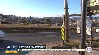 Colisões de veículos em postes já deixaram 600 mil clientes sem energia em Minas - Segundo a Cemig, só no primeiro semestre e 2020 foram registradas mais de 1.600 ocorrências. São quase nove por dia.