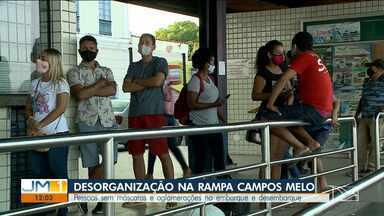 Aglomeração é registrada na rampa Campos Melo em São Luís - Passageiros também reclamam da falta de limpeza das embarcações.