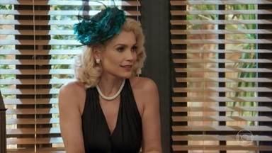 Sandra avisa a Araújo e Celso que pretende vender suas ações da fábrica - Araújo considera fazer o mesmo
