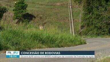 Governo do RJ assina contrato de modelo de concessão para três estradas do Sul do estado - Segundo poder público, estão previstos investimentos de R$ 6 bilhões nos próximos 25 anos.