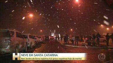 Em Santa Catarina, nevou em nove cidades - Não tem previsão de neve para esta sexta-feira na região.