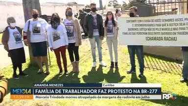 Família de homem que morreu na BR-277 protesta em Curitiba - Marcelo Trindade morreu atropelado às margens da rodovia em julho.