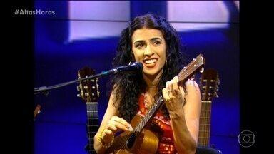 Relembre apresentação de Marisa Monte no Altas Horas - Cantora se apresentou em momento especial