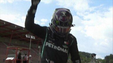 Lewis Hamilton vence o GP da Bélgica, chega a sua 89ª vitória e faz homenagem a Chadwick Boseman - Lewis Hamilton vence o GP da Bélgica, chega a sua 89ª vitória e faz homenagem a Chadwick Boseman