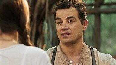 Zé dos Porcos sugere que Mafalda fuja com ele - Ele tenta convencer a amada a desistir de se casar com Romeu