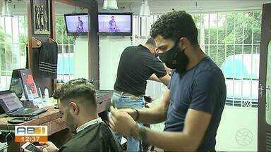 Barbearias acumulam prejuízo por causa da pandemia - Covid-19 afetou vários setores da economia.