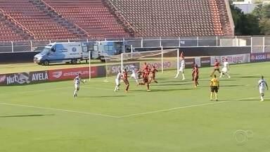 Ituano sai atrás, vira o placar, mas cede empate ao São José - O Ituano e São José empataram por 2 a 2, na tarde deste sábado (5), em partida disputada no estádio Novelli Jr., em Itu (SP), e válida pela quinta rodada do Grupo B da Série C do Campeonato Brasileiro.