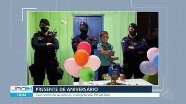 Presente de aniversário - Com sonho de ser policial, criança recebe PM na sua festa.