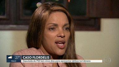 Flordelis tem cinco dias para apresentar defesa à Camara dos Deputados - Ela foi notificada sobre processo que responde por quebra de decoro parlamentar e pode perder mandato