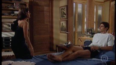 Alma diz que não apoiaria uma relação entre Edu e Helena - Edu acha que não há possibilidades dele se envolver com Helena