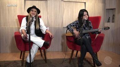 """Patrícia e Adriana cantam clássico da Delinha - Vem ouvir """"O Sol e a Lua""""."""