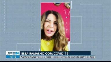 Elba Ramalho é diagnosticada com Covid-19 - Artista publicou um vídeo em uma rede social, informando que ela e a filha testaram positivo para a doença. Ambas estão isoladas em casa.
