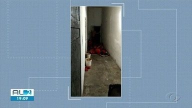 Entidades fazem vistoria no presídio Cyridião Durval em Maceió - Cinco presos passaram mal durante o final de semana, alegando falta de ar.